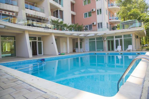 piscina exterioara St Vlas Mamaia