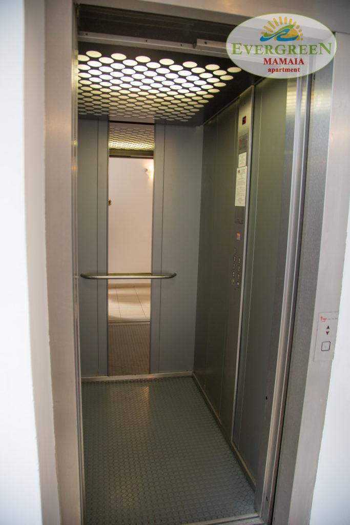 apartamente Mamaia Sud cu lift